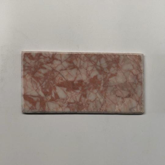 Đá tự nhiên chà cát đỏ vát cạnh kt 10x20cm